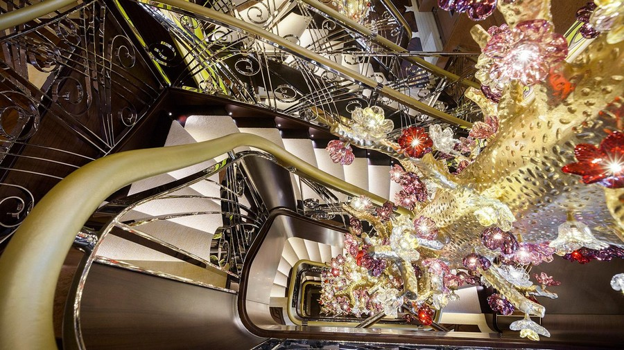 Have a look at our top 5 best superyacht staircases best superyacht staircases Have a look at our top 5 best superyacht staircases Solandge