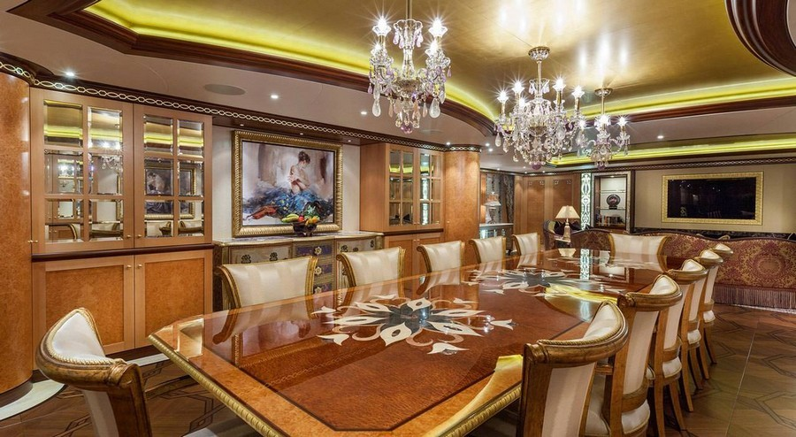 6 Amazing Dining tables used by Top interior Designers in yachts dining tables 6 Amazing Dining tables used by Top interior Designers in yachts SolandgebyRodriguezInteriorsDolkerVoges1