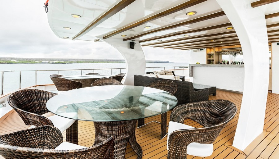 yacht interiors Have a look at 50 of the greatest yacht interiors – Part 3 Stella Maris2