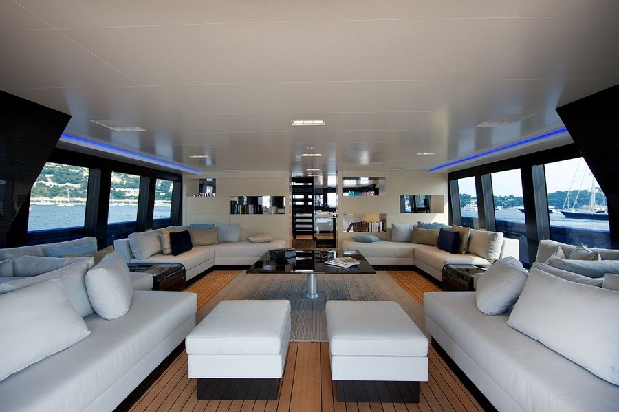 yacht interiors Have a look at 50 of the greatest yacht interiors – Part 3 Venus1
