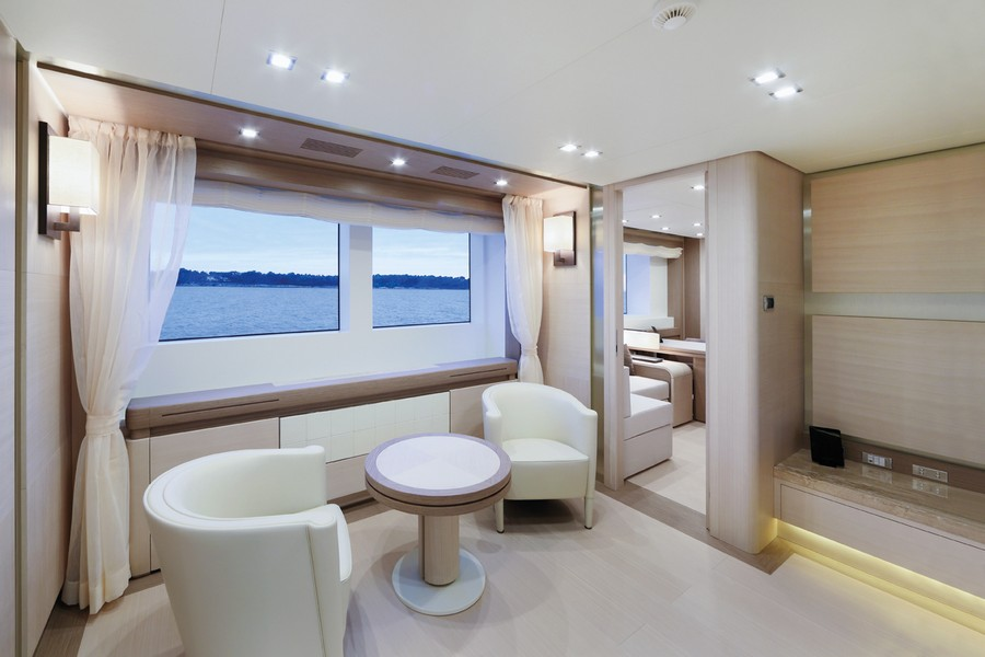 yacht interiors Have a look at 50 of the greatest yacht interiors – Part 3 yp31 Columbus 20