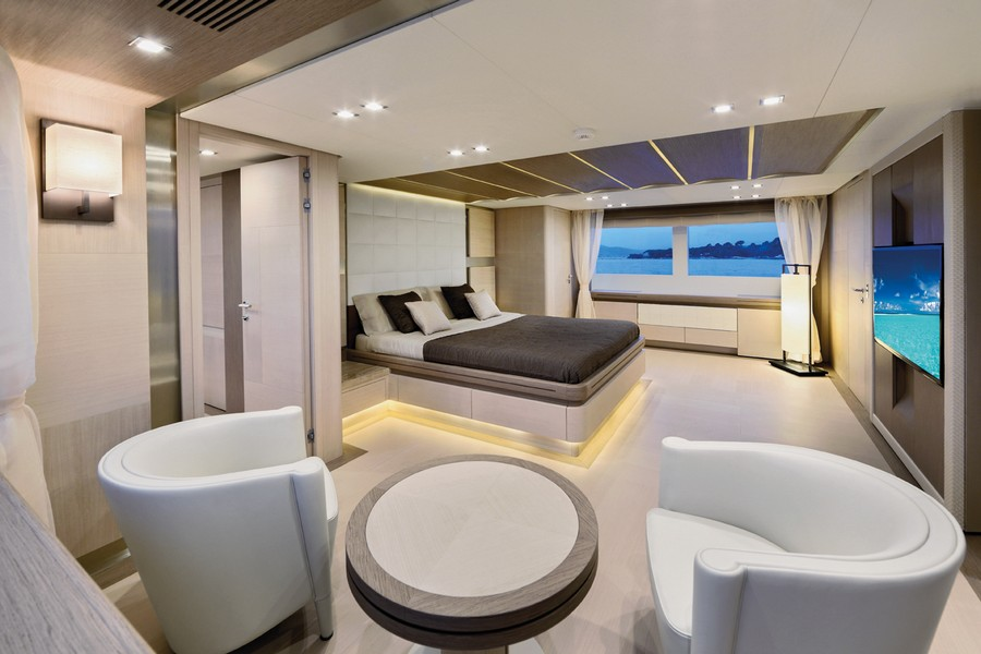 yacht interiors Have a look at 50 of the greatest yacht interiors – Part 3 yp31 Columbus 21