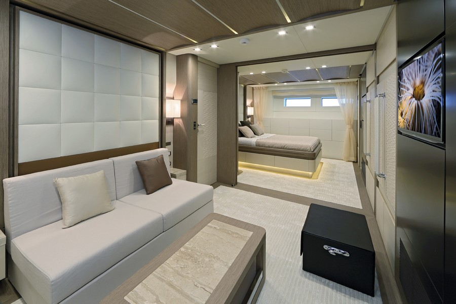 yacht interiors Have a look at 50 of the greatest yacht interiors – Part 3 yp31 Columbus 25