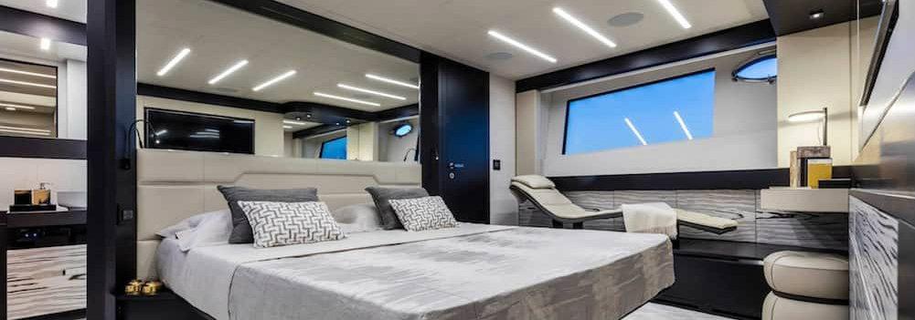 Have you seen the New Pershing 8X Yacht by Fulvio De Simoni?
