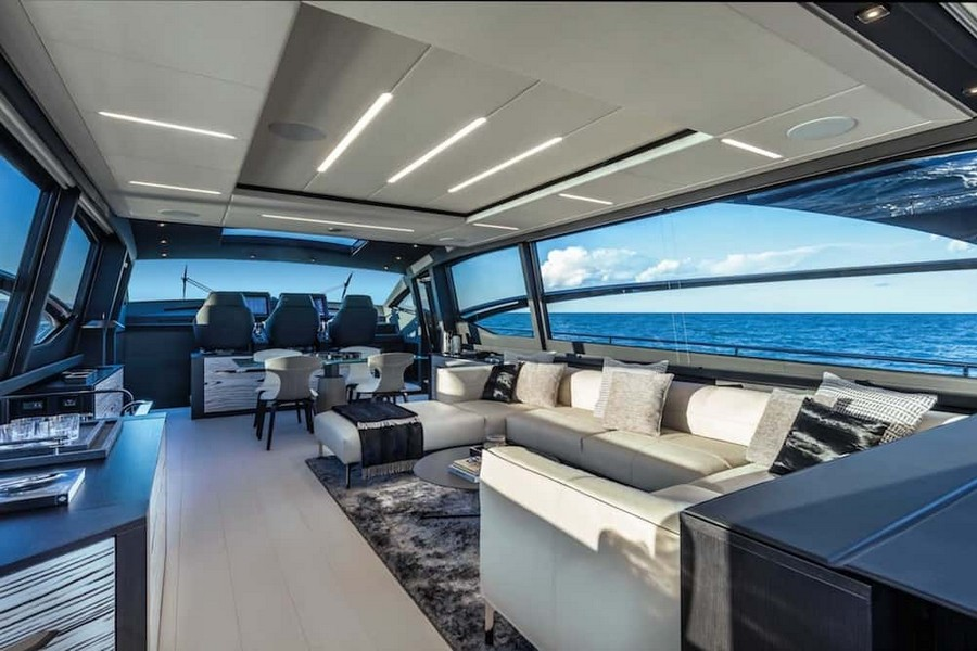 fulvio de simoni Have you seen the New Pershing 8X Yacht by Fulvio De Simoni? Pershing 8X 8