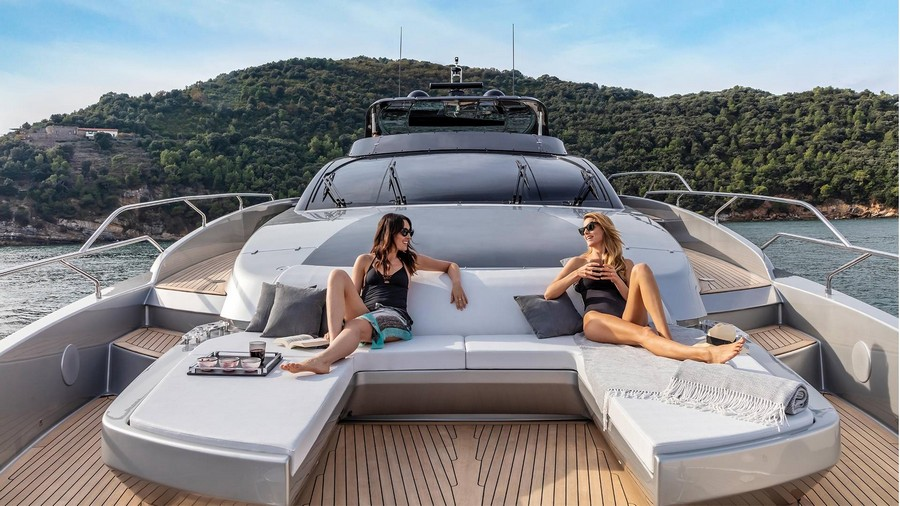 riva 90 argo yacht The Riva 90 Argo yacht made its premiere in Miami: have a look! Riva4