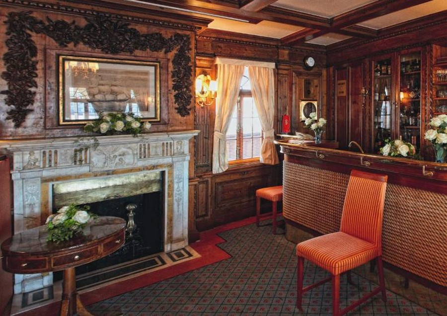 yacht fireplaces Have a peek at 5 of the hottest yacht fireplaces ever Sea Cloud