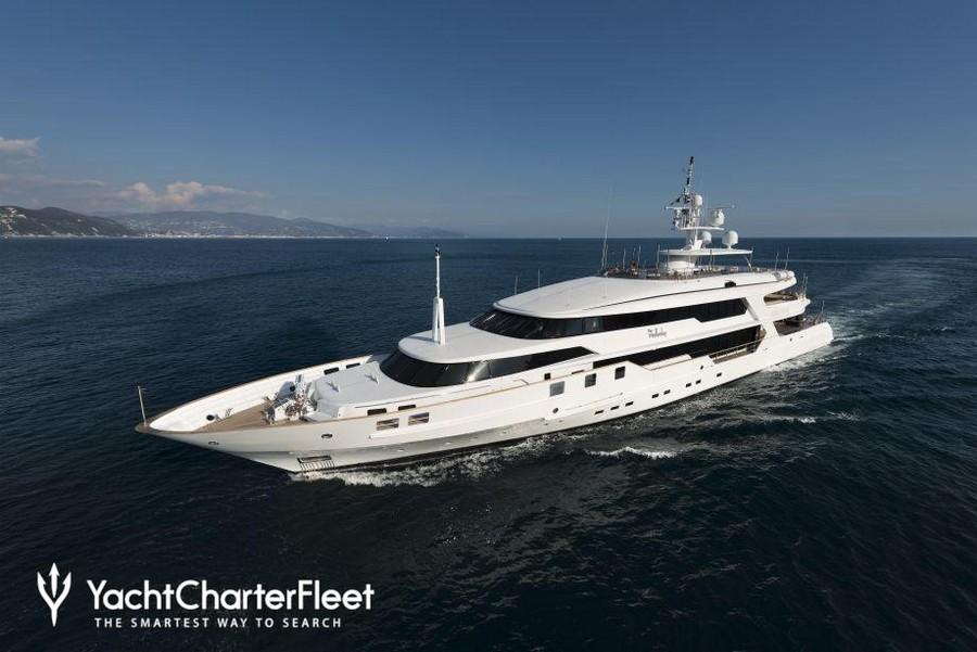 donald starkey Top yacht designers: 5 luxury yacht interiors by Donald Starkey THE WELLESLEY 30