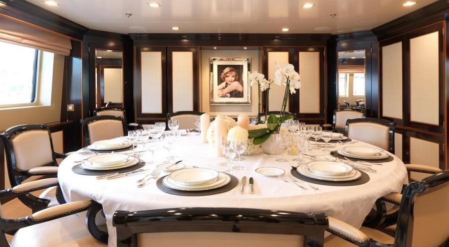 donald starkey Top yacht designers: 5 luxury yacht interiors by Donald Starkey The Wellsley2