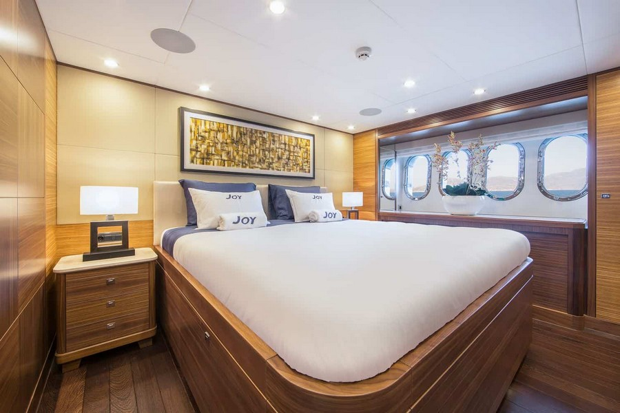 van der valk Van der Valk's new New Flybridge Motor Yacht fills the seas with JOY Joy Yacht Van der Valk 6