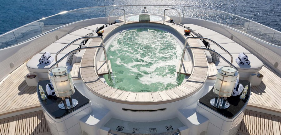 winch design A look at the amazing yacht projects by Winch Design (Part 2) Phoenix1